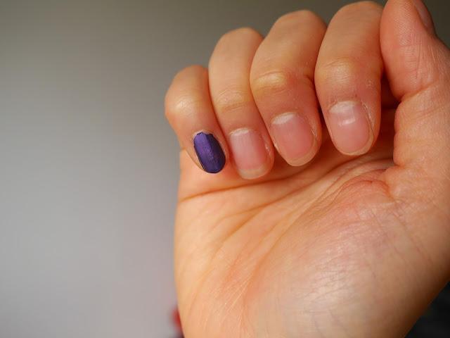 Mark Nailed It Matte Trend Mini Nail Lacquer voilet riot