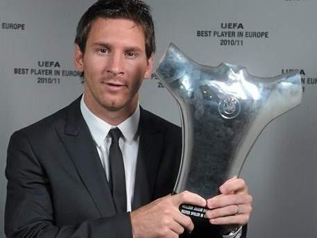 Lionel Messi Pemain Terbaik UEFA 2011