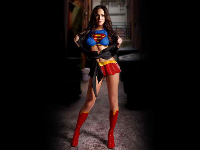 http://4.bp.blogspot.com/-WjxsAvjcqFU/Ttl-oIOzhqI/AAAAAAAAr6k/1bOWx52SxNU/s1600/megan-fox-supergirl-5.jpg