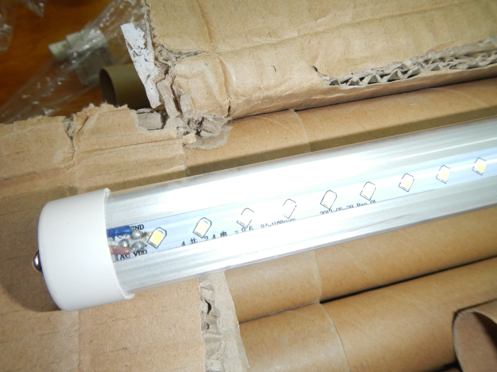 Flourescent To Led Lighting additionally Ideal Electric Berkeley in addition How to use Fluorescent LED replacement furthermore Ellipz Lighting Technology Overview additionally UxTMF8mAXVo. on replacing flourescent ballast