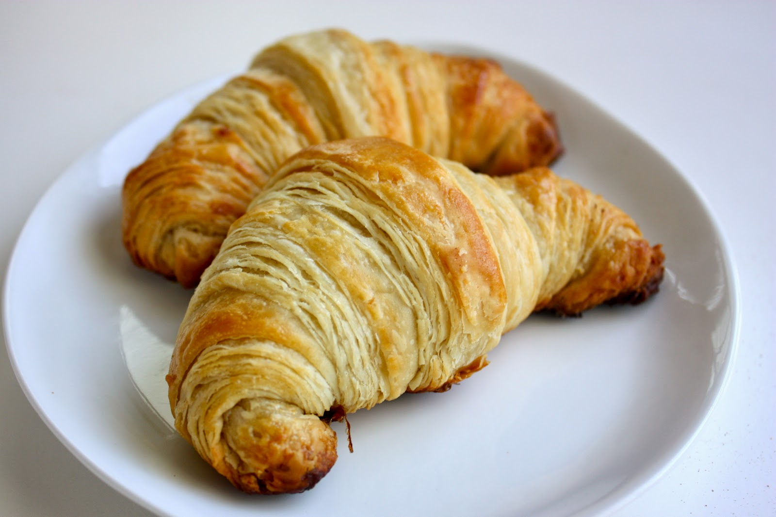 Cannella Vita: butter croissants