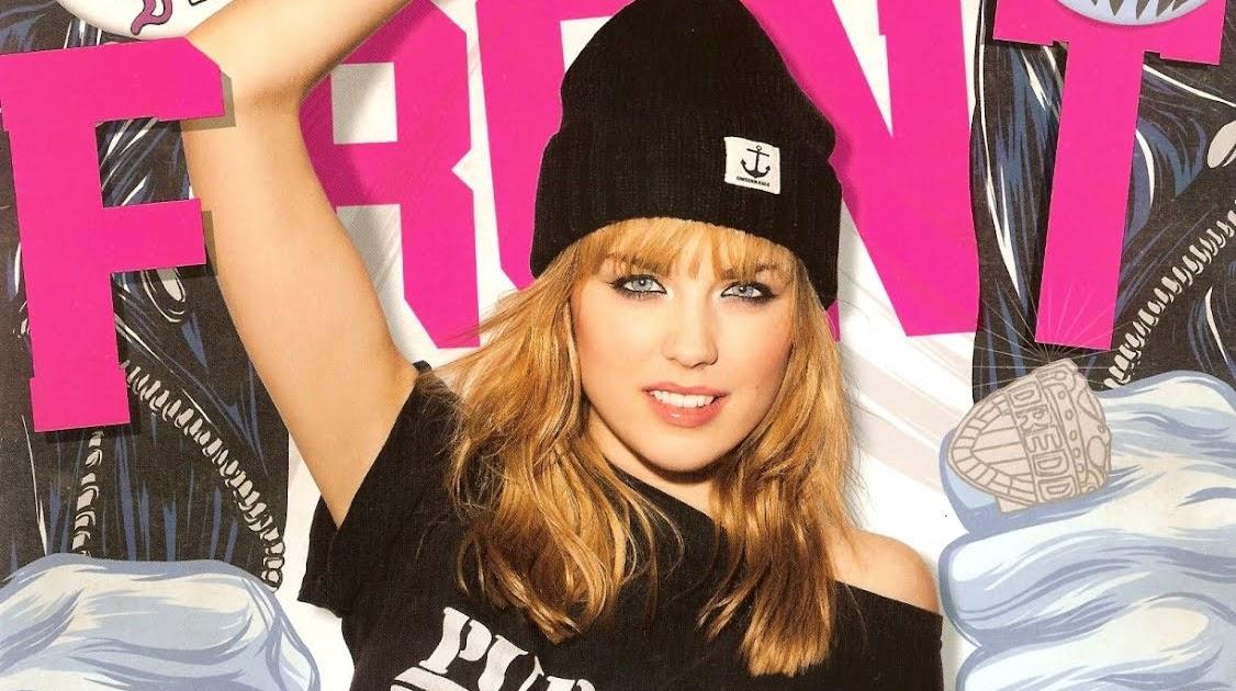 Danielle Sharp Magazine SHWANN: The Futuristic...