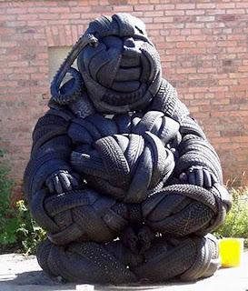 buda de pneu reciclado