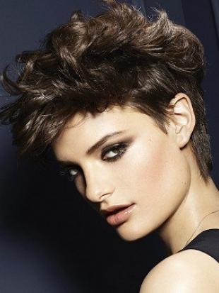 cortes-en-capas-de-pelo-corto-2013