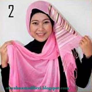 Cara Memakai Jilbab Pashmina Kreasi Jilbab Pashmina Motif Cashmere