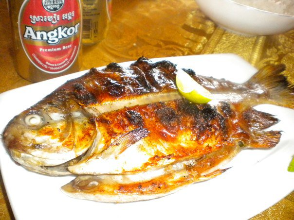 Colombostories the world 39 s best grilled fish for Best fish to grill