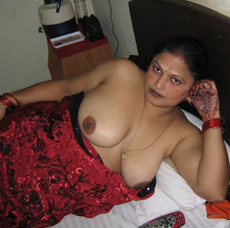 busty indian mature nudes