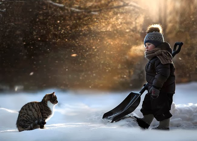 Photo:kids and Animals