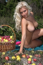 "Marylin in ""Enchanted Apples"" at FEMJOY"