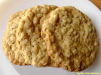 Super Chewy Oatmeal Cookies