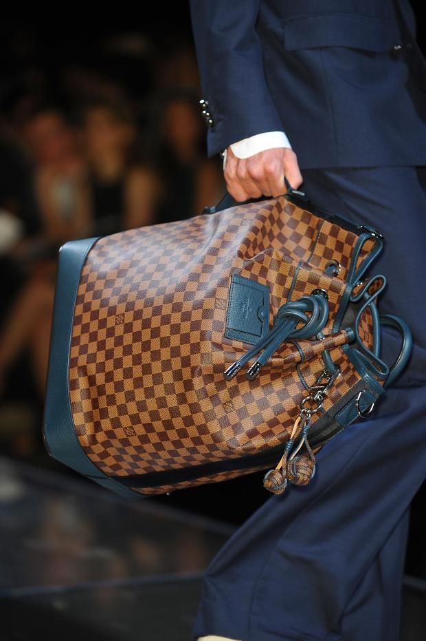 Женские сумки - купить брендовую сумку Осень - Зима 2017