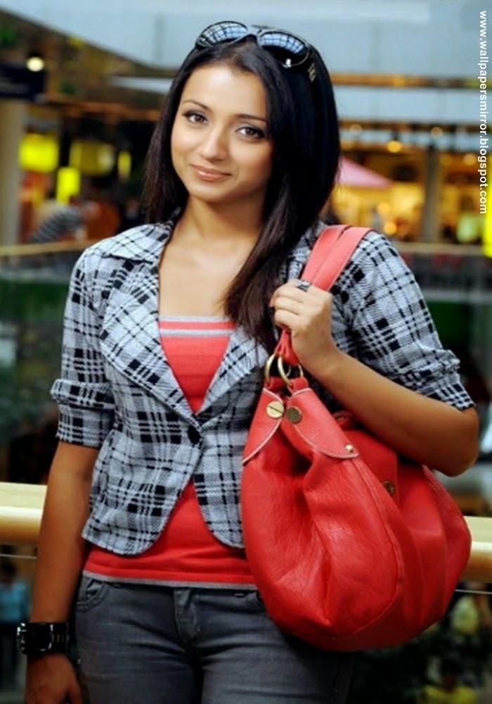 Group Of Wallpaper World Trisha Krishnan