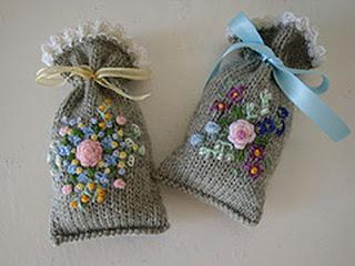 Вязаные мешочки для подарков