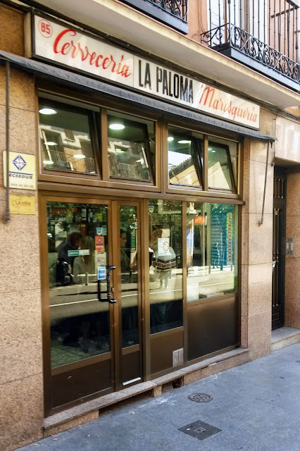 Fachada, Bar La Paloma