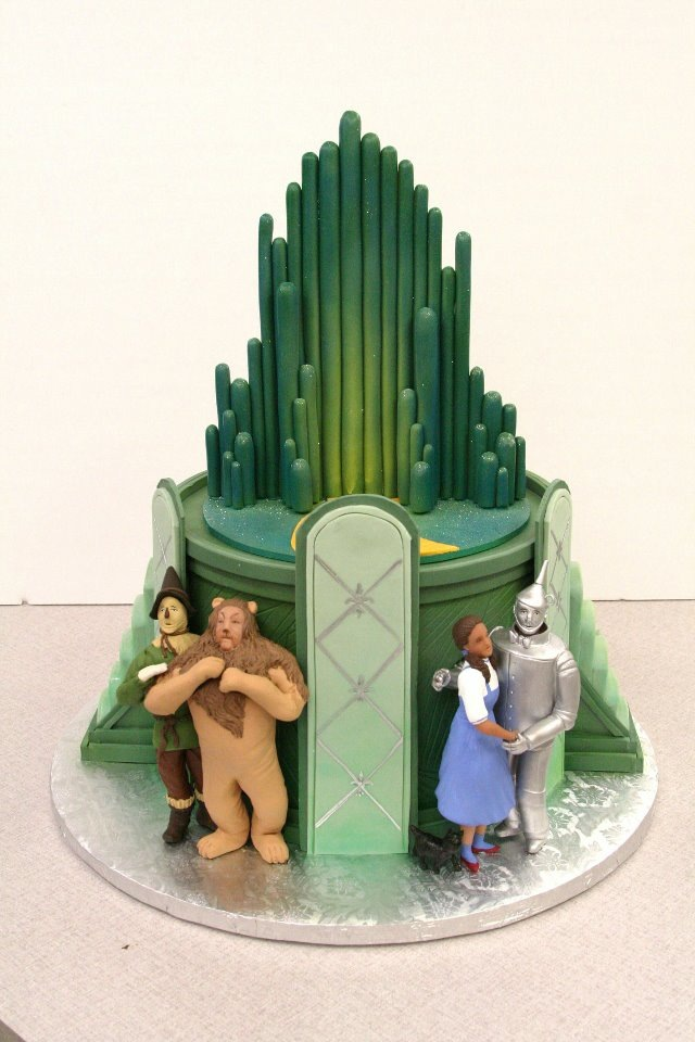 Cake Decorations For Wizard Of Oz : 10 Wizard of Oz Birthday Cakes Everyday Parties