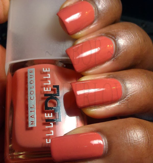 ANOTHER Bottle of Polish?!: Elle LDL #224 with Northern Lights gold ...