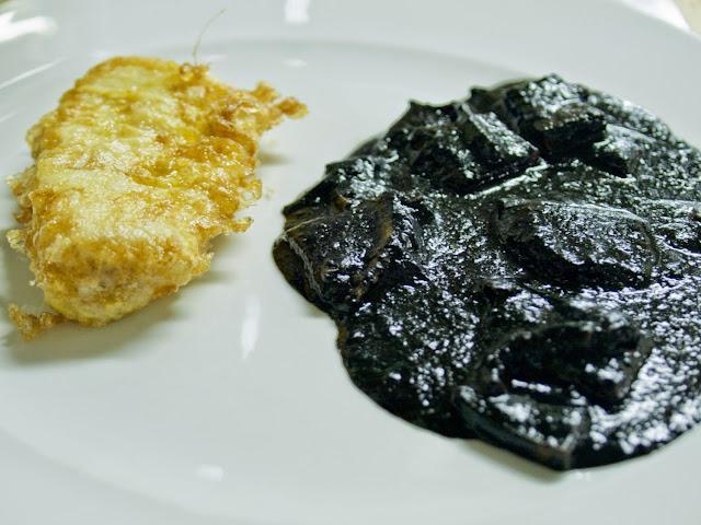 Merluza y Txipirones - Restaurante Begoña