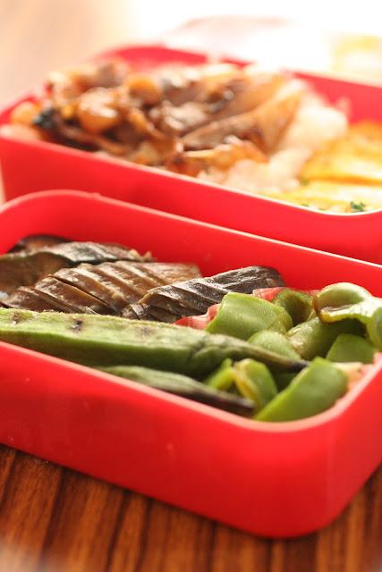 今日のお弁当 夏野菜と豚丼弁当