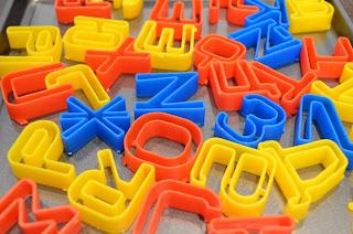 molde galletas alfabeto cirílico