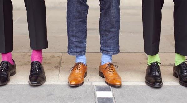 af4bcaac76b Galerie des Grands Hommes  Les chaussettes colorées des grands Hommes