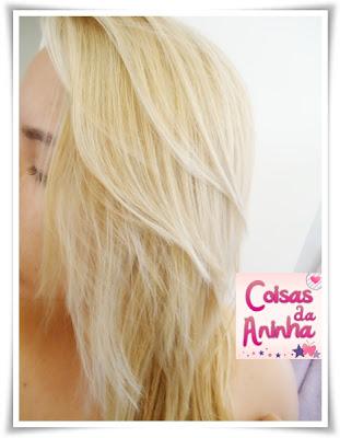 Cuidando do cabelo loiro.