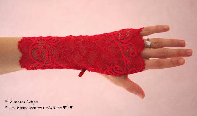 mitaines sexy rouge en dentelle de calais lingerie coquine sexy glamour noël