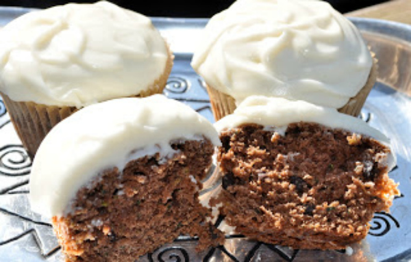Double Chocolate Zucchini Cupcakes - Kim's Welcoming Kitchen