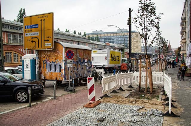 Baustelle Straßenbauarbeiten, Warschauer Straße, 10243 Berlin, 13.10.2013