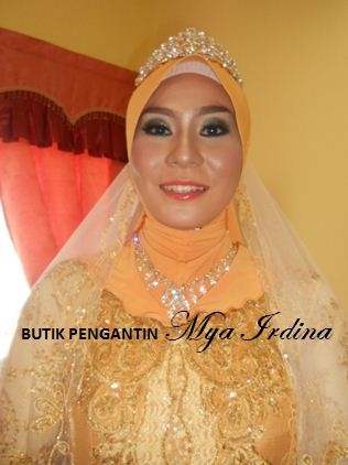Posted by BUTIK PENGANTIN MYA IRDINA at 18:28