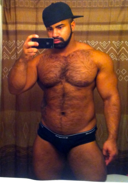 Hairy Muscular MP4 Male In Agony