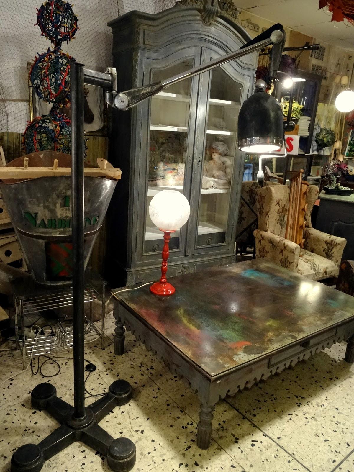 l 39 atelier de philippe lampe industrielle scialytique. Black Bedroom Furniture Sets. Home Design Ideas