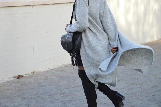 Blog mode afro, blog mode marseille, look, cuissardes, sac à franges, gilet long