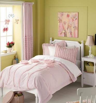 foto dormitorio verde y rosa