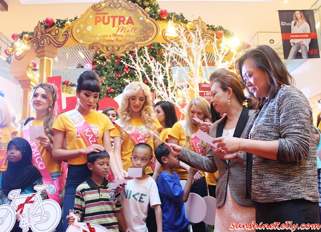 A Gift For a Wish, Yayasan Chow Kit, Sunway Putra Mall, Christmas Charity, CSR program, eauty pageants, Miss Tourism Queen of the Year International 2015