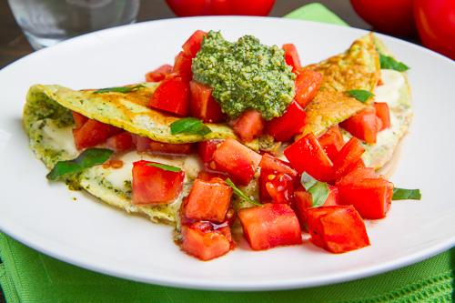 Pesto Caprese Omelette
