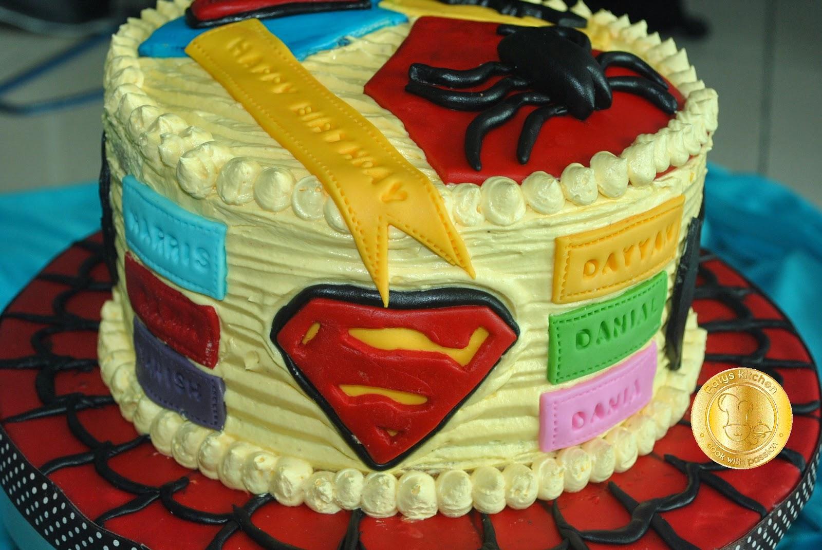 Patyskitchen Superhero Buttercream Birthday Cake