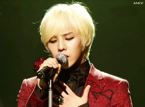 http://4.bp.blogspot.com/-Wptj6Vdqabw/UXJbVoMaRfI/AAAAAAAAAjE/fZluS9bhucg/s1600/G_Dragon_blond_hair__15062011104649.jpg