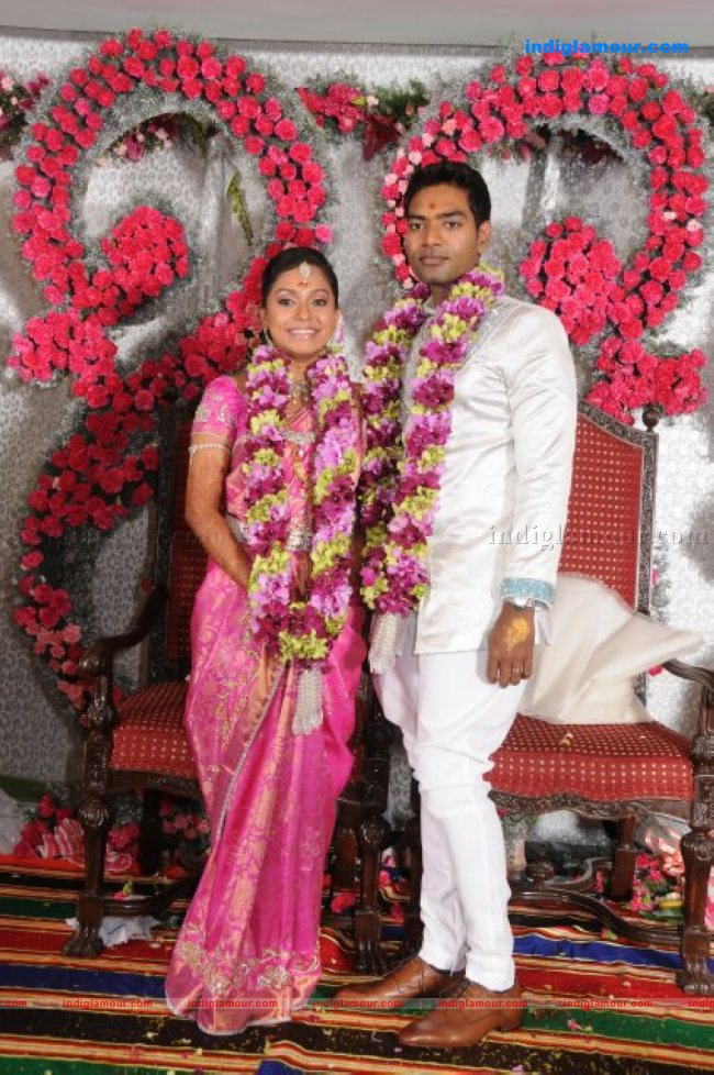 Tamil Actress Aparna Marriage Photos