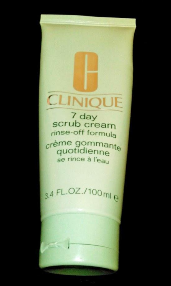 Exfoliante 7 day scrub de Clinique