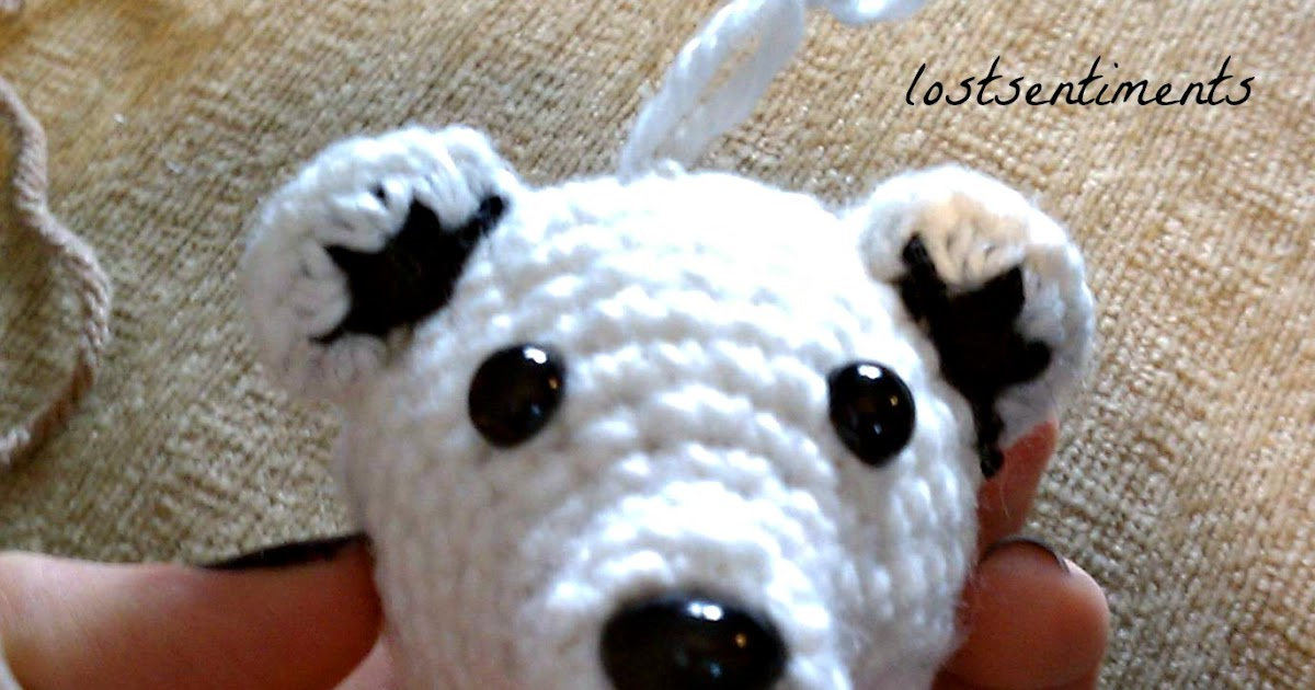 lostsentiments: Polar Bear Amigurumi Ornament Progress
