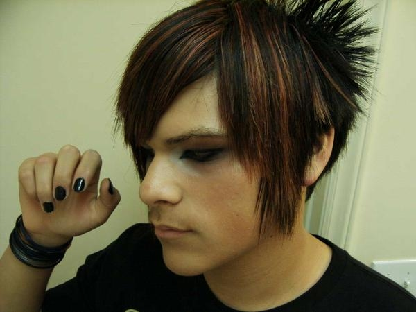 Boys with Emo Hairstyles for Short Hair