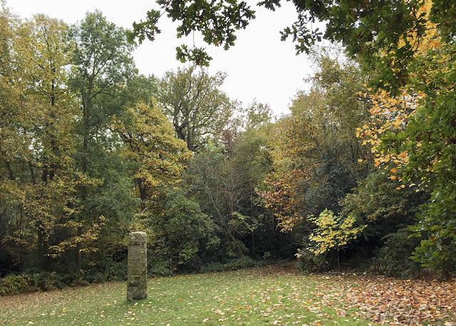 Willett Memorial Sundial, Petts Wood.  October 2015.
