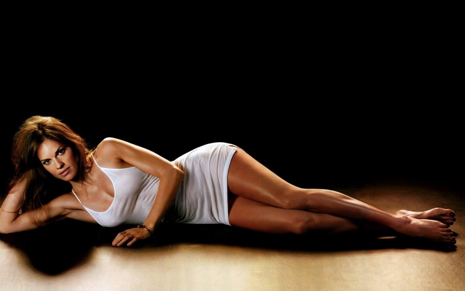Hot Sexy Beautiful Celebrity Hilary Swank