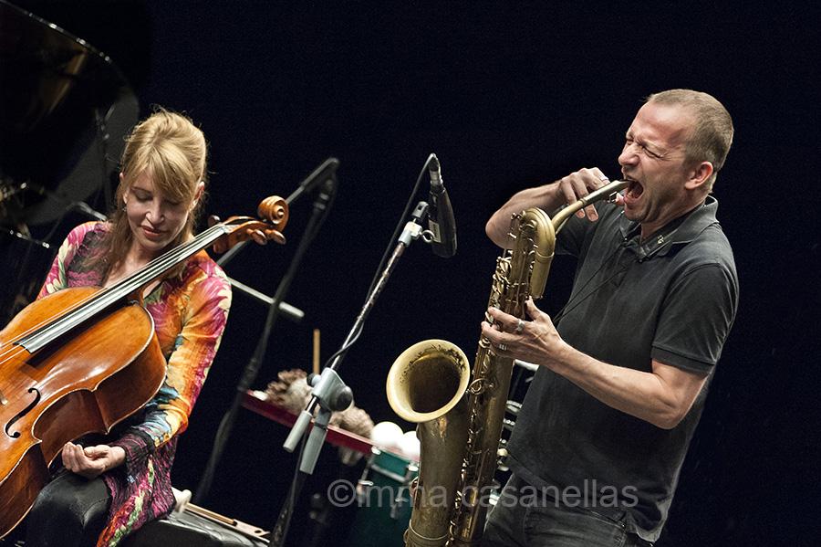 Frances-Marie Uitti i Mats Gustafsson, Mercat de les Flors, Sala Ovidi Montllor, Barcelona 20-7-2015