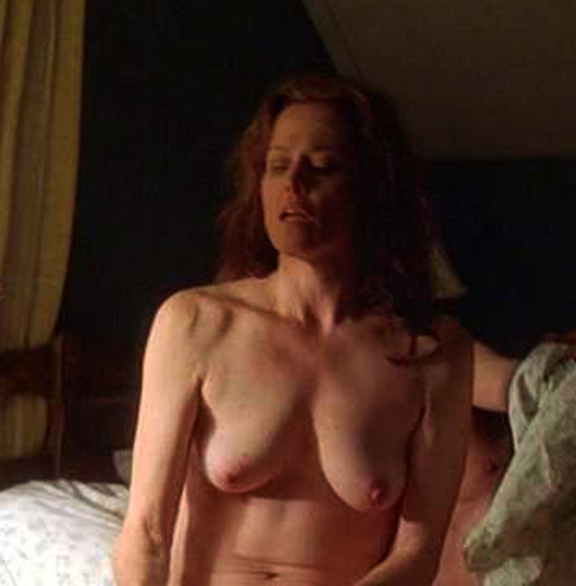 Sigourney Weaver Tit Boob Breast Alien Resurrection Behind Scene Nude