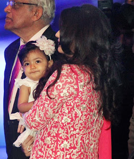Aaradhya makes an official appearance