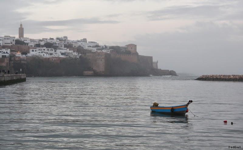 Barque dans l'estuaire du Bou Regreg