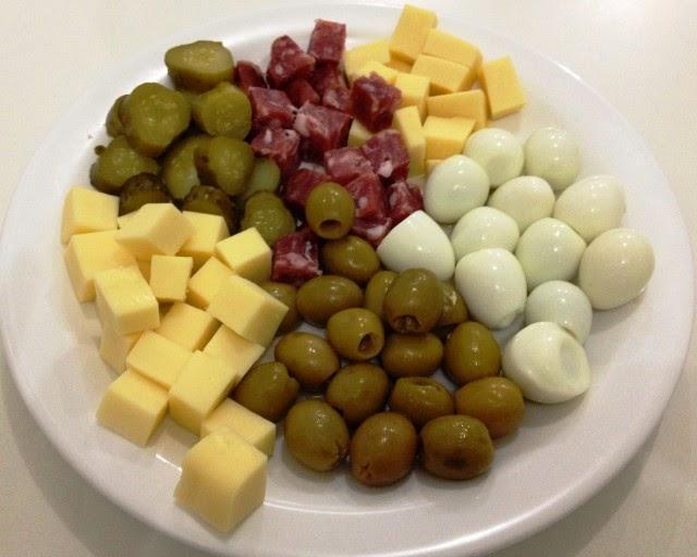 Ana ottobeli ideias de aperitivos r pidos e baratos for Canapes simples e barato
