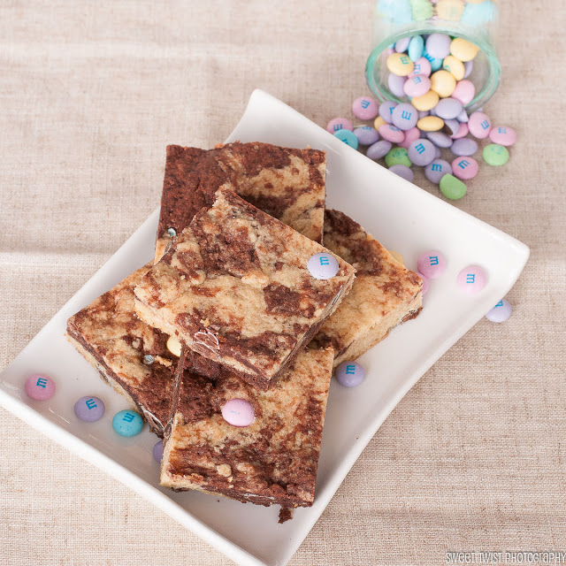 Cookie Pudding Bars + Easter Candy Dessert Roundup the perfect way to enjoy your pastel Easter Candy from the Easter Egg Hunt. You will love these Easter Candy Dessert Recipes on www.Embellishmints.com