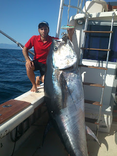 Tuna fishing. Deep sea fishing in Red Tide fishing charter Marbella.